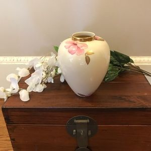 Lenox Royal Blossom Collection Vase